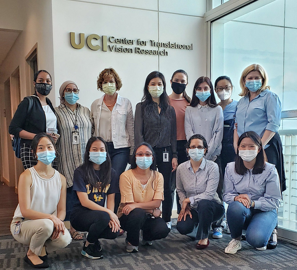 photo of researchers with the UCI Center for Translational Vision